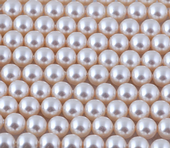 6mm SWAROVSKI® ELEMENTS Creamrose Crystal Pearl Beads - 50 pearls for jewellery making, beadwork and craft